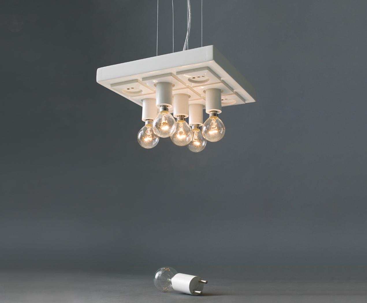 007 z1 stopcontactlamp
